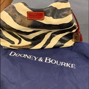 Dooney & Bourke Large Hobo shoulder bag